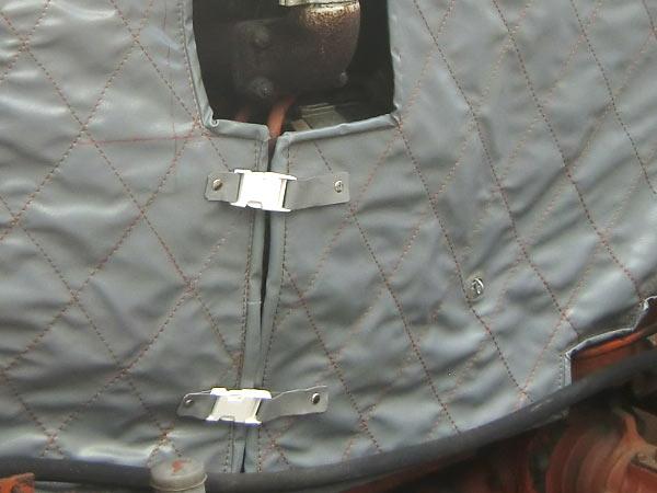 abdeckplane nach mass pvc plane abdeckplane k hlerschutzhaube herstellung in th ringen jena. Black Bedroom Furniture Sets. Home Design Ideas